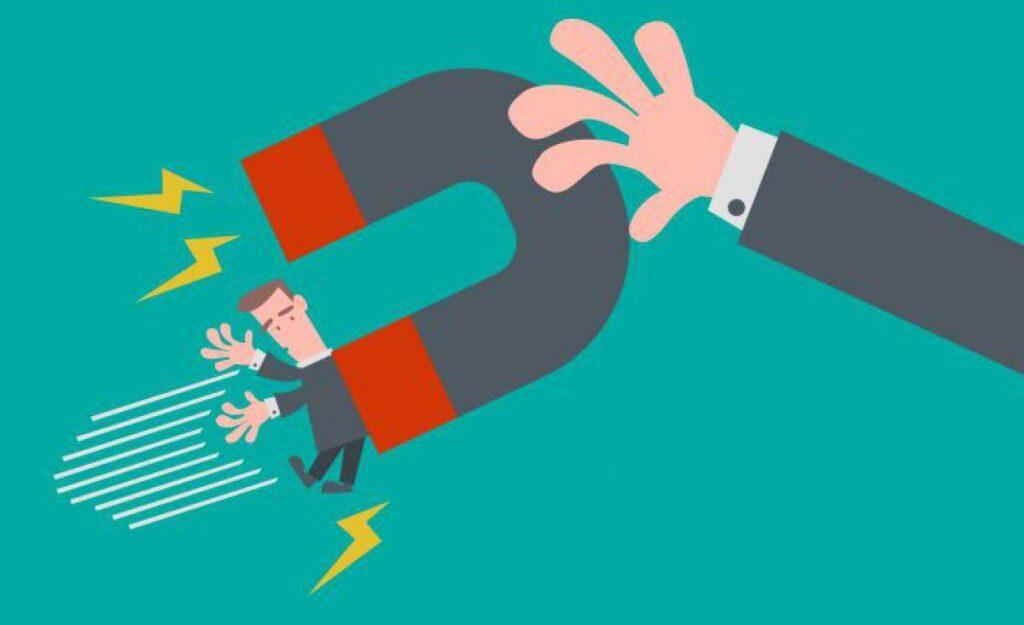 Fidelidade como atração de clientes. Entender o seu histórico de consumo e potencializar vendas.