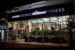 Fachada da franquia Mormaii Fitness saúde